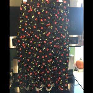 Torrid Retro Chic Cherry 🍒 Wiggle Skirt Size 1X
